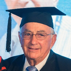 BGU bestows Lifetime Achievement Award upon Bertie Lubner of South Africa
